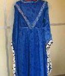Robe femme avec Hénin bleue (20€)