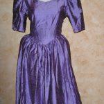 Robe violette avec noeud dans le dos T40 (10€)